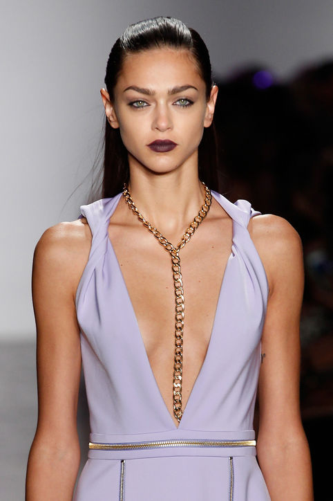 33-spring-2016-bags-accessory-jewelry-trends-body-chain-cushnie-et-ochs-h724